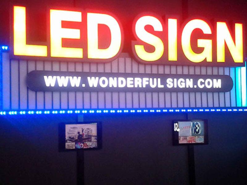 Biển cáo Led điện tử là loại hình biển quảng cáo sử dụng đèn LED điện tử