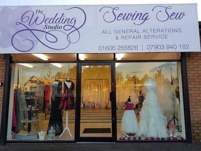 mẫu biển quảng cáo ảnh viện áo cưới1