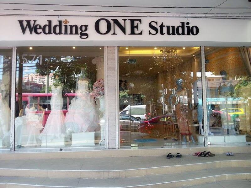 Mẫu biển quảng cáo ảnh viện áo cưới đẹp và ấn tượng