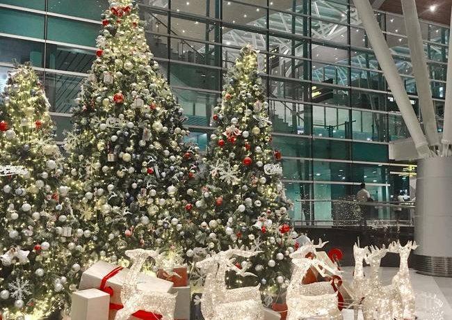 5 ý tưởng trang trí Noel cho văn phòng không tới 500k